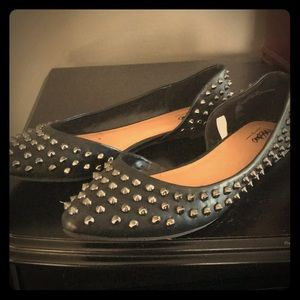 Shoes - Studded Black Flats
